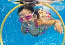 Cours de natation en piscine couverte chauffée